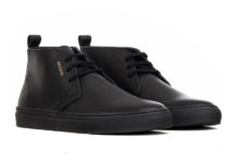 Mix It Up With Axel Arigato's Black Full-Grain Leather Chukka
