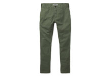 Buck Mason's Olive Chinos Is Just What Fall Needs