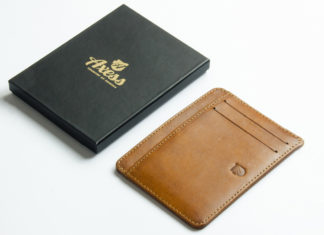 Meet The Minimal Wallet That Removes The Bulk
