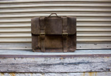 Win Folk's Buffalo Leather Messenger Bag