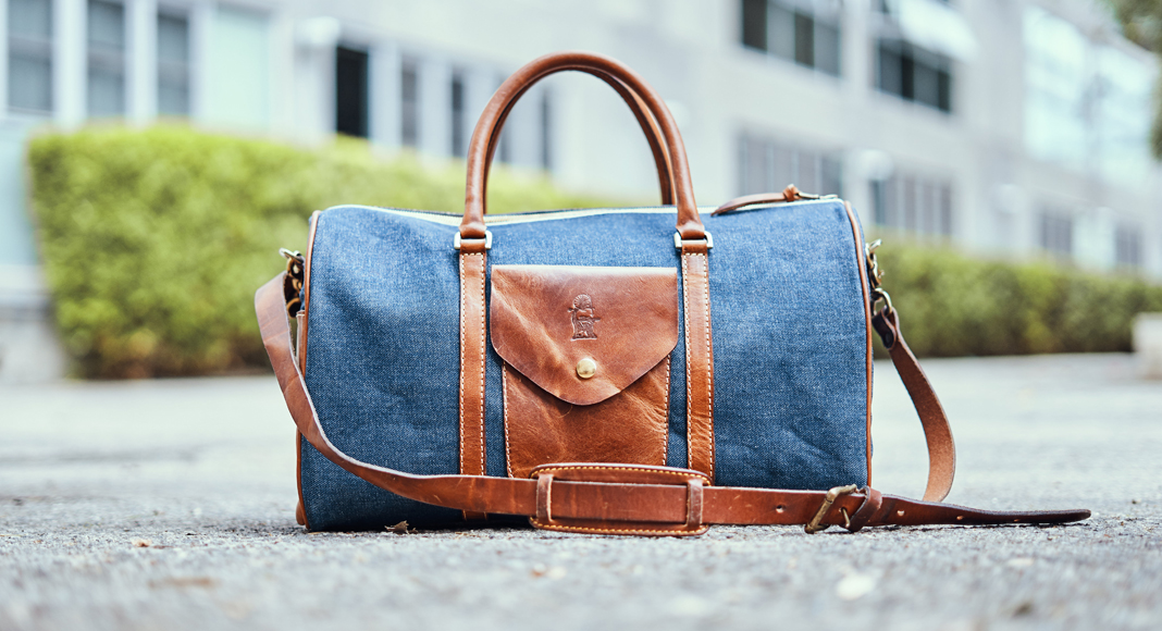 Denim Love: Hands-On With Sandast's Boston Duffle